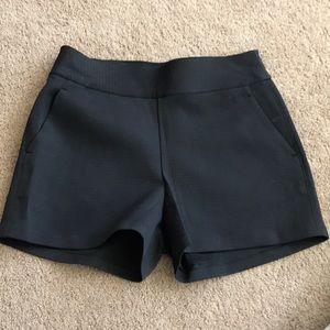 Lululemon high wasted dress up shorts